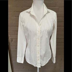 Vineyard Vines White button down shirt 8